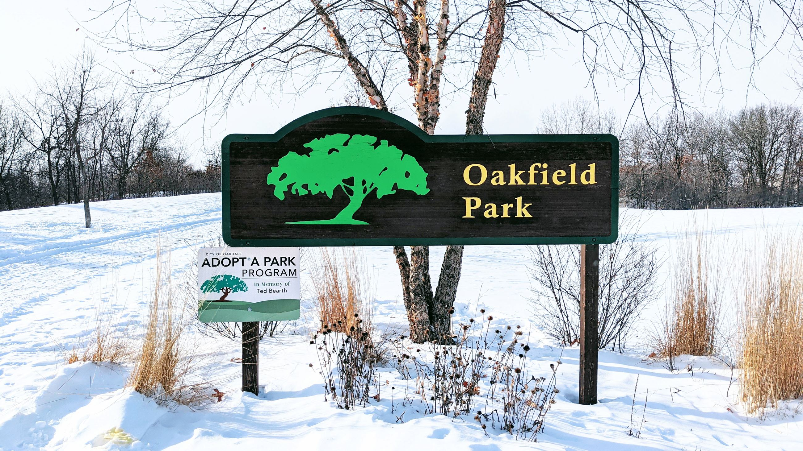 Image of Oakfield Park Sign